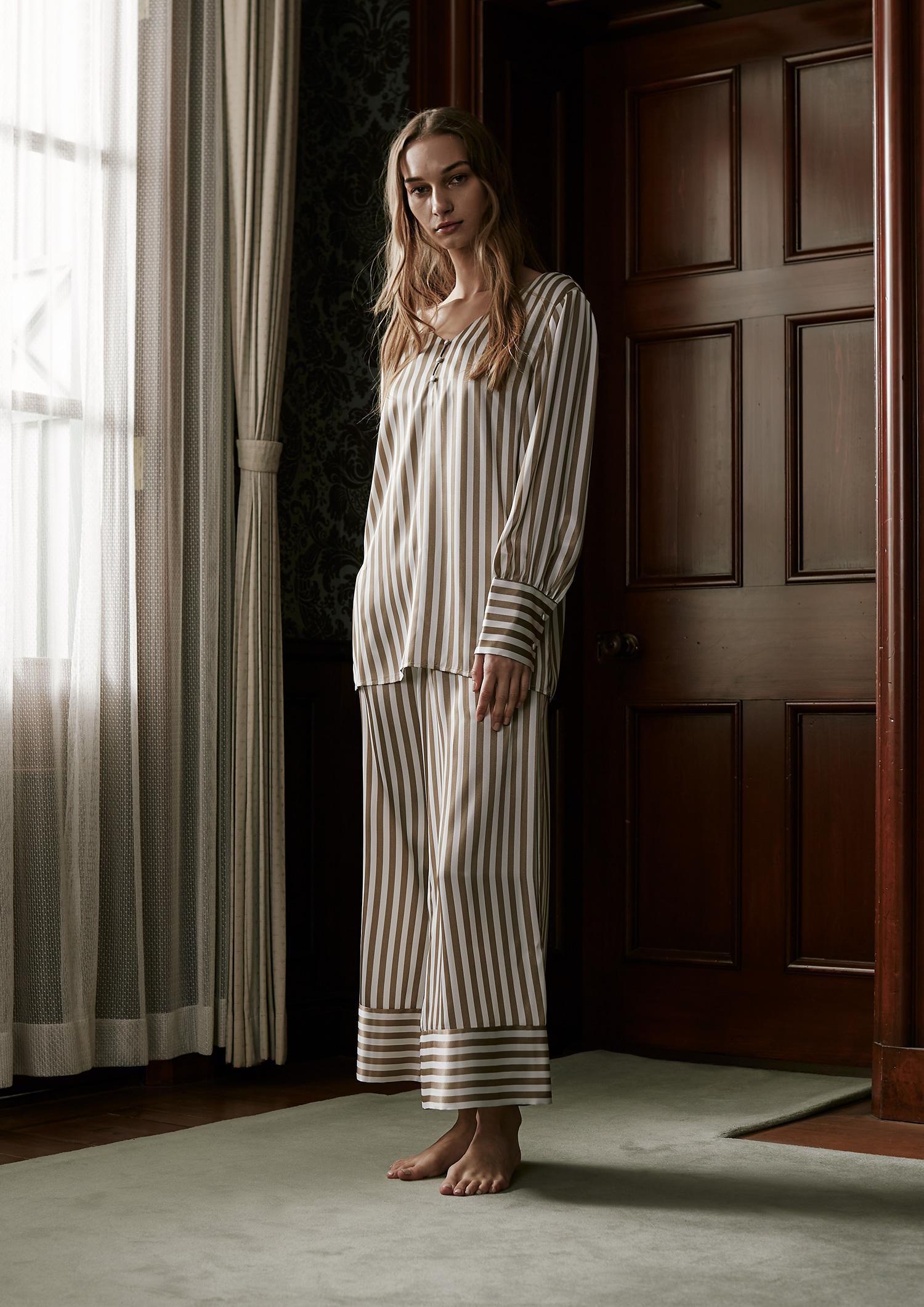 SLEEPY SLEEPY サテンストライプカフスパジャマ 長袖&ロングパンツ/巾着セット
