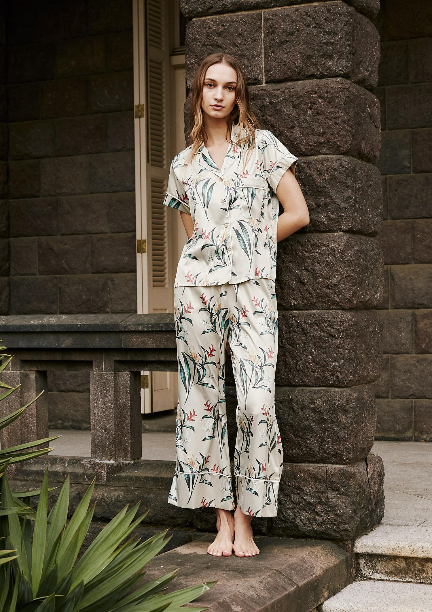 SLEEPY SLEEPY ボタニカルパジャマ 半袖&ロングパンツ/巾着セット